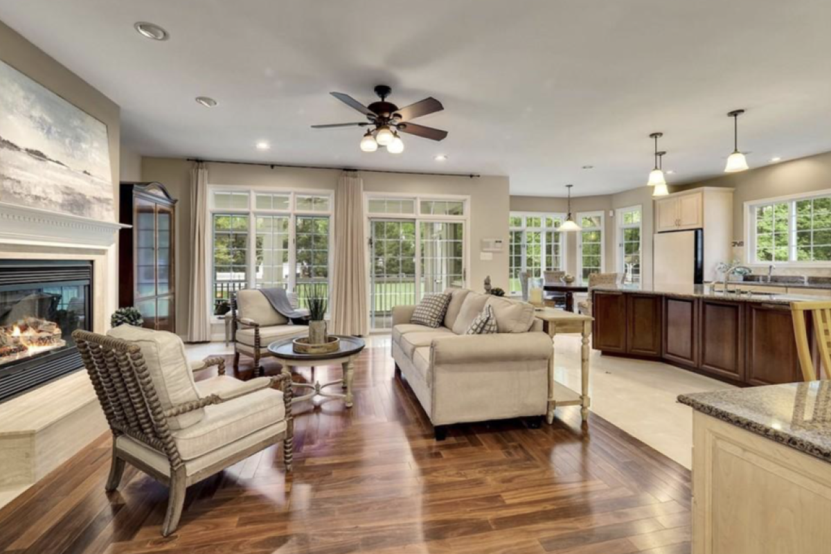 5 Bedrooms, Single Family Home, Featured Properties, Burbank Drive, 4 Bathrooms, Listing ID 1113, Potomac, MD, 20854,