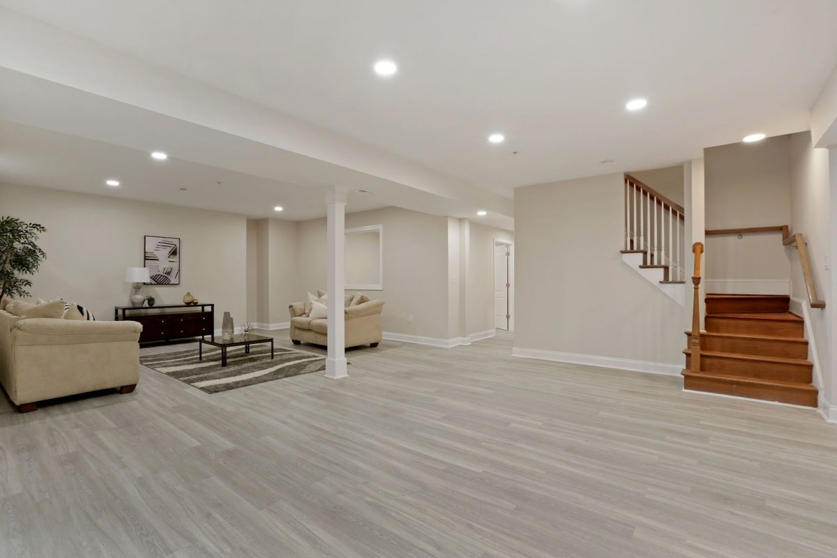 5 Bedrooms, Single Family Home, Sold Properties, 6516, 4 Bathrooms, Listing ID 1121, Bethesda, MD, 20817,