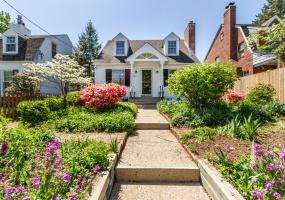 3 Bedrooms, Single Family Home, Sold Properties, 4940 Brandywine Street, NW, 2 Bathrooms, Listing ID 1060, Washington, DC, 20016,